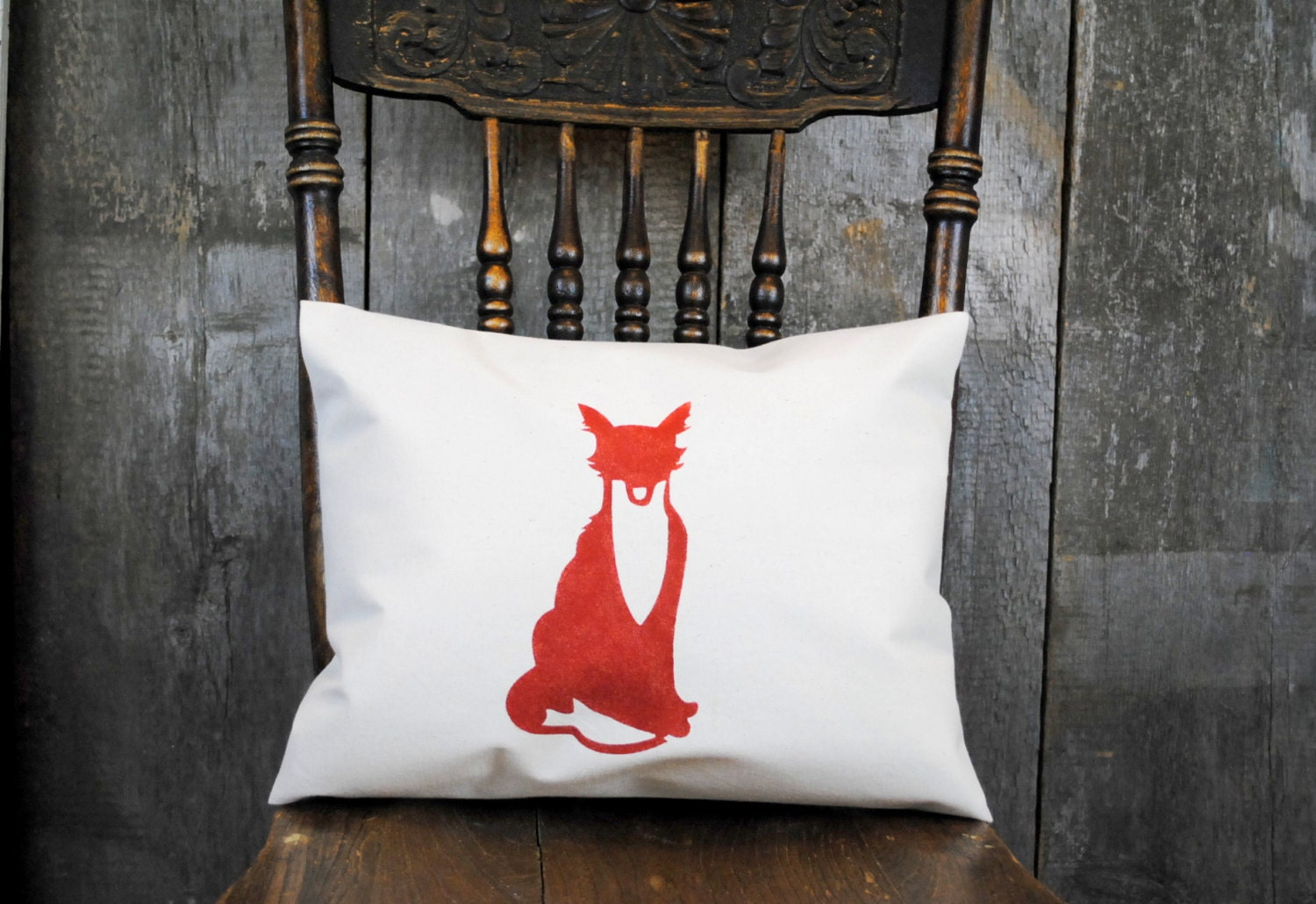 A Classic Vintage Fox Pillow Cover For Your Home Decor
