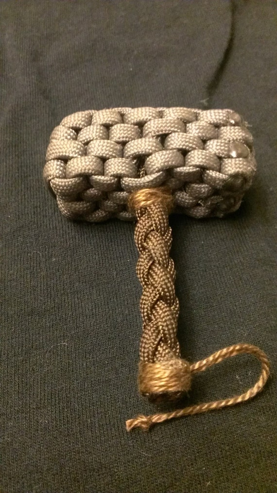 Paracord mjolnir thor 39 s hammer for Paracord stuff to make