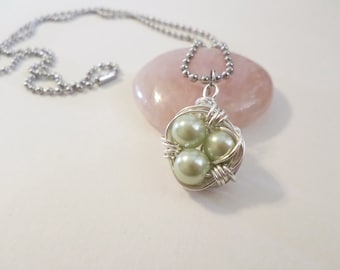 Green Pearl Silver Wire Wrapped Birds Nest Necklace