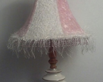 Vintage Lamp Shade in Pink & White Fuax Fur/ Lamp Shade / Pink Lamp Shade / Accent Lamp Shade / Girls Room Shade / Dorm Idea / F311