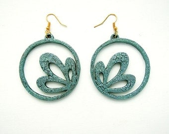 Blue Green Crackle Effect Circle Flower Laser Cut Earrings