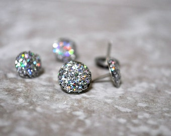 Glittered Thumbtacks