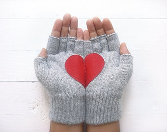 VALENTINE'S DAY GIFT, Heart Gloves, Grey Gloves, Red Heart, Special Gift, Gift For Her, Love, Valentine Gift Idea, Lover Gift, Unique Gift