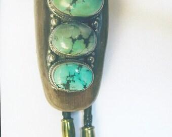 Bolo tie adorned with jade