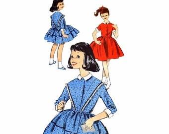 1960s Girls Full Skirt Dress Advance 9253 Vintage Sewing Pattern Chub Deb Dress Size 8 1/2