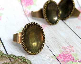 Brass plated Oval Ring Blank concave setting for 15x20 mm gemstone cab , Adjustable band , oxidized vintage antique Gold Bronze plated ring