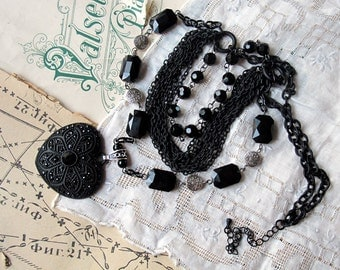 Victorian Heart  Necklace  Black  Silver Multistrand Chain