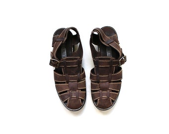 SALE Vintage Brown Leather Sandals 8.5 / Woven Leather Sandals / T Strap Sandals