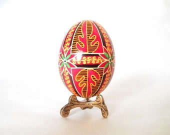 collecteble egg,Ukrainian Easter egg,how to make Easter eggs,what is easter tree,what to give as Easter gifts for family,kids like bunny