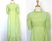 Vintage Green Wedding Dre...