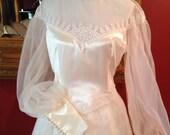 Vintage 70s  Satin Lace Boho Wedding Dress L/XL