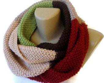 Dr who style scarf Knitted Infinity Scarf Chunky Knit Scarves Gifts For Her Christmas Gifts Holiday Gifts  Fashion Gifts Last minute gifts