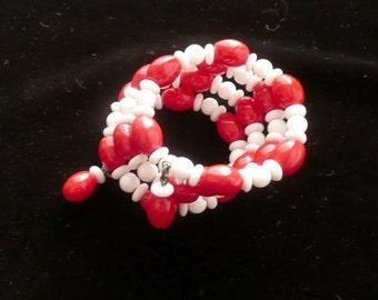 Beaded Wrap Bracelet Red & White Glass Vintage