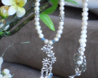 Bridal or Mothers Pearl Necklace
