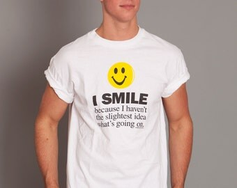 Funny Smiley Face Tshirt - M