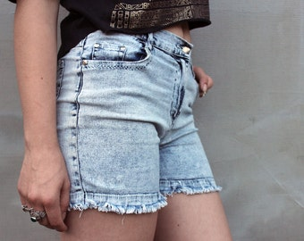 Acid Wash Denim Cut Offs, High Waisted Shorts, 90s Vintage Summer Washed Blue Denim Cutoffs, Womens Boho Hipster Grunge Shorts