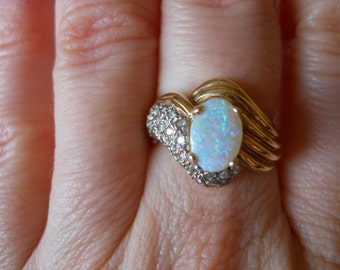 14K Gold Ring with Australian Opal and Diamonds Size 6