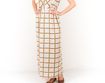 Vintage Retro Maxi Striped Dress / Orange Green White Wrap Dress / Full Length Dress / 70s Cute Dress / Country Cottage Women's Size Small
