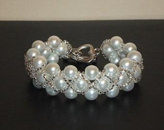 Ivory White Glass Pearl Bracelet, Flower Girl Jewelry, Wedding Jewelry, Bridal Pearl Jewelry, Bridesmaids, Mother of the Bride Gift