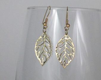 Elegant Gold Leaves Earrings