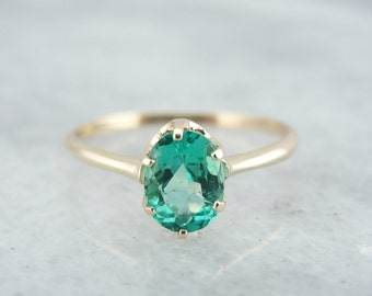Victorian Solitaire Ladies Ring with Stunning Green Emerald 329TZ4-N