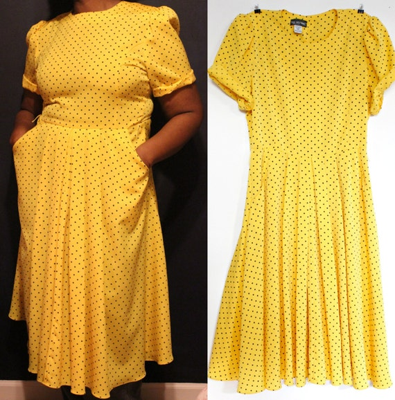 Lulus Exclusive! There is nothing you can't do in the Lulus Girl Like You Yellow Polka Dot Two-Piece Maxi Dress! Soft and breezy woven poly creates a fluttering short sleeve crop top with a tie-front, and white and yellow polka dot print. Pair with the matching high-waisted maxi skirt, with a /5(67).