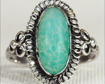 Antique Arts and Crafts Chalcedony Ring in Silver c. 1910