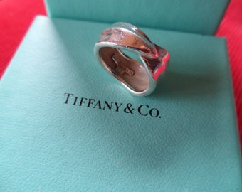 Tiffany & Co. Sterling Leaf Wrap Ring - Size 6 - Authentic Designer Ring - Excellent Clean Condition - Sleek - Chic - Sterling Silver Ring