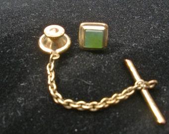 Vintage Jade & Gold Tie Tack