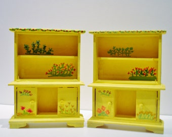 Mini Flower Hutch