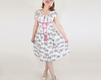50s White Flower Print Cotton Pique Dress with Pink Bow M