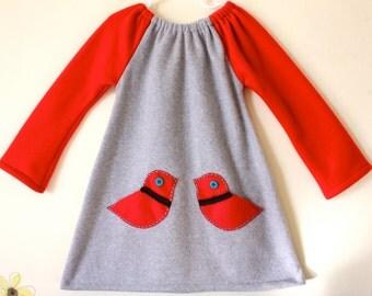 Clearance in size 5-6years. Girls dress, Contrast Grey fleece ducky dress with little felt pockets