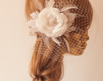 Ivory  BIRDCAGE VEIL with Flower, Vintage Style Bridal FASCINATOR