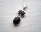 """FREE SHIPPING 1"""" drop 925 sterling silver & onyx 2-stone drop pendant (marked """"THAILAND"""")"""