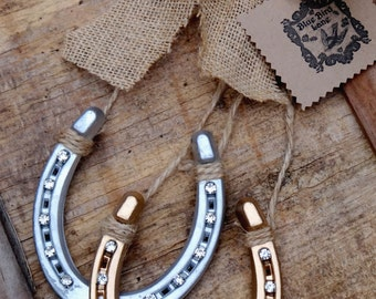 Popular items for horseshoe wall decor on etsy for How to decorate horseshoes