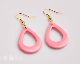 Handmade Mod 60s earrings, Mod earrings, Vintage teardrop earrings, Pink teardrop earrings, dangle earrings