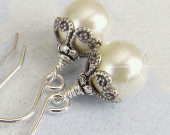Vintage Style Pearl Earrings, Antique Style Pearl Drop Bridal Earrings Ivory or White Pearl Bridesmaid Earrings, Bridesmaid Wedding Jewelry