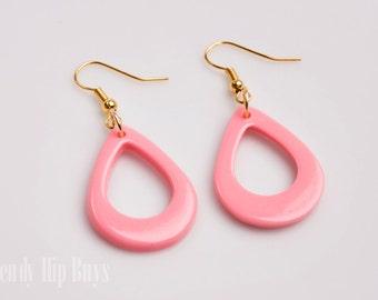 Vintage earrings, Handmade Mod 60s earrings, Mod earrings, Vintage teardrop earrings, Pink teardrop earrings, dangle earrings