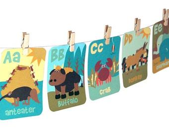 Animal letters printable / printable animal ABC flashcards / animal alphabet  / A to Z animals / letter wall decor / printable flashcards