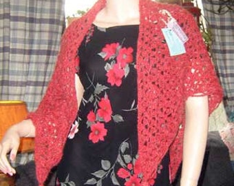 Red Triangular Shawl Having Triangles in Triangles