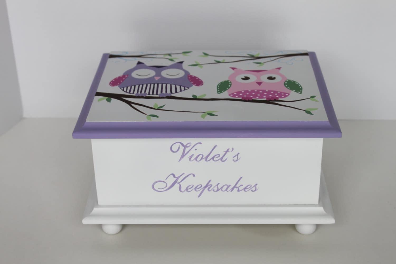 baby keepsake box baby memory box for girl lavender owls. Black Bedroom Furniture Sets. Home Design Ideas