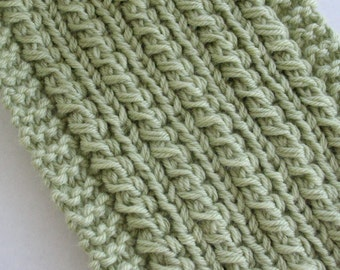 Scarf with Cables Pale Green Cashmere and Wool