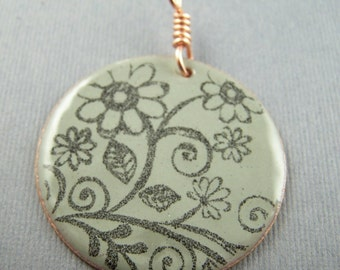 Ships within 24 hours   Enameled Gray and Black Flower Circle Pendant 1