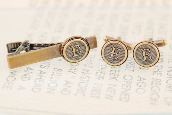 Antiqued Brass Tie Clip and Cufflinks Set, Choose Any Letter - Personalized Tie Clip, Letter Tie Bar, Antiqued Brass - Made to Order