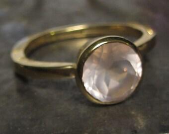 Rose Quartz ring in 18Ct yellow gold, Cocktail ring, 18K gold rose quartz ring, rose quartz engagement ring - rose quartz solitaire