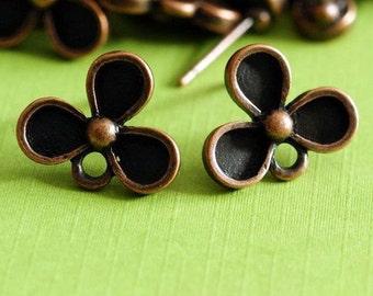 5 pairs of Antqiue Copper finish Three Leaf Flower EAR POSTS EA11670Y-R