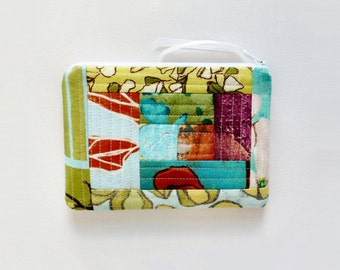 Quilted Patchwork Zipper Pouch Cosmetic Case Makeup Bag Laura Gunn