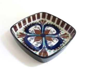Danish Modern Porcelain Bowl by Marianne Johnson for Royal Copenhagen Fajance