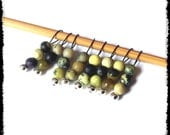 Snag Free Stitch Markers Extra Small Set of 8-- Yellow Turquoise -- J38 -- For up to size US 4 (3.5mm) Knitting Needles