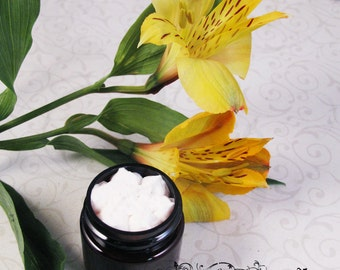 Ostara's Hair Salve - Leave in Conditioner and Deep Treatment  1/2oz Sample Size